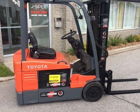 chariot élévateur / Lift Toyota électrique