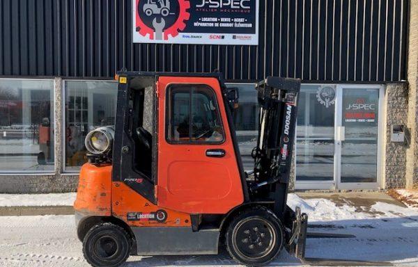Chariot élévateur/lift Doosan 5000lbs