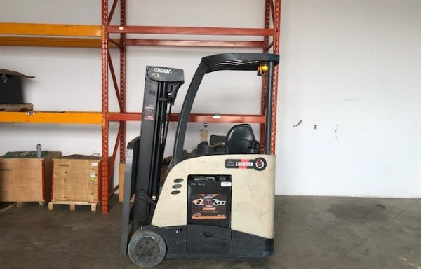 Chariot élévateur / Lift/ Forklift / Crown Dockstocker