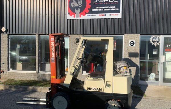 Chariot élévateur / Lift/ Forklift Nissan
